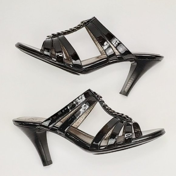 Sofft Shoes | Isola Black Patent